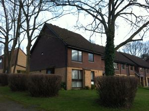 Apartment / Flat To Let in Hillside Close, Banstead